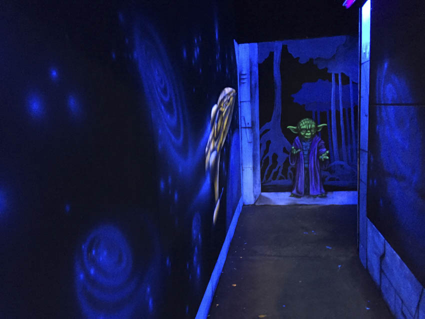 Peinture fluo star wars - Labyrinthe Laser game